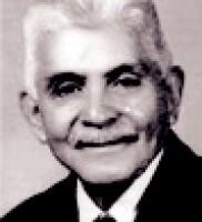1925. Julián Carrillo estrena en el Teatro Principal, El sonido 13, que rompe con el sistema musical tradicional, basado en 12 sonidos.