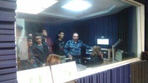 radio-tecnol-recibe-estudiantes-1